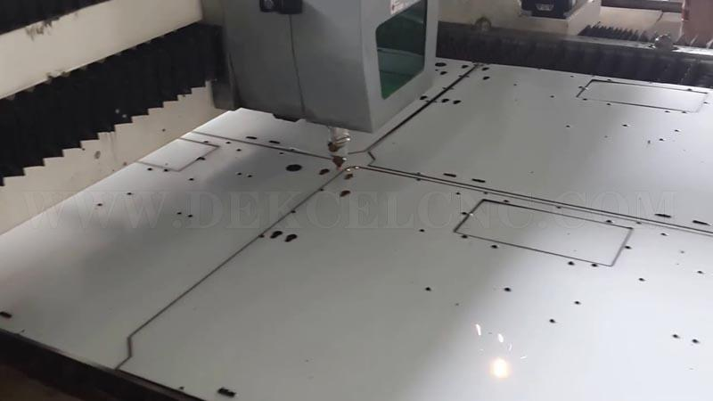 500w fiber metal laser cutting stainless steel with protection film